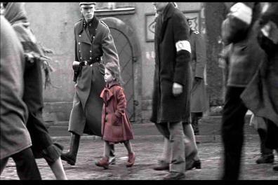 Resultado de imagem para cena do filme a lista de schindler