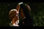 Dança entre o Capitão e Maria