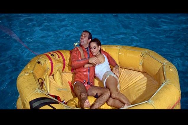 007 Contra a Chantagem Atômica foto 2
