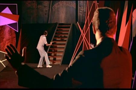 007 Contra o Homem com a Pistola de Ouro foto 2