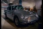 Aston Martin repleto de acessórios