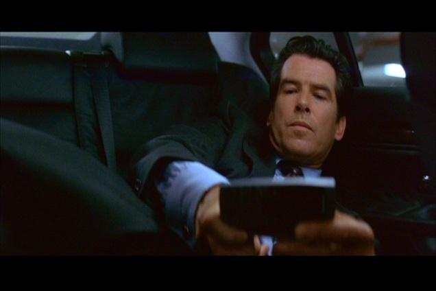 007 O Amanhã nunca morre