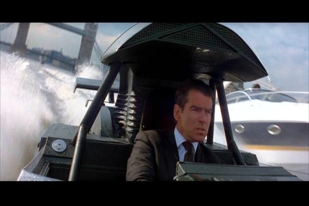 007 O Mundo não é o bastante