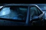 Noite predominante e a chuva que cai